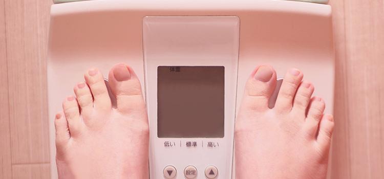 体重計に乗るイメージ